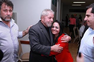 Resultado de imagem para Moema com Lula presidente