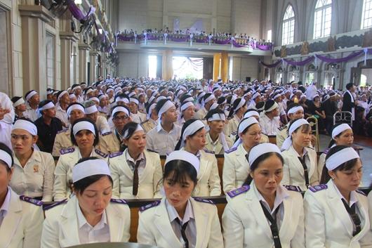 Ngày thứ Ba: Kính viếng và cầu nguyện cho Đức cha Phanxicô Xaviê Nguyễn Văn Sang - Ảnh minh hoạ 43