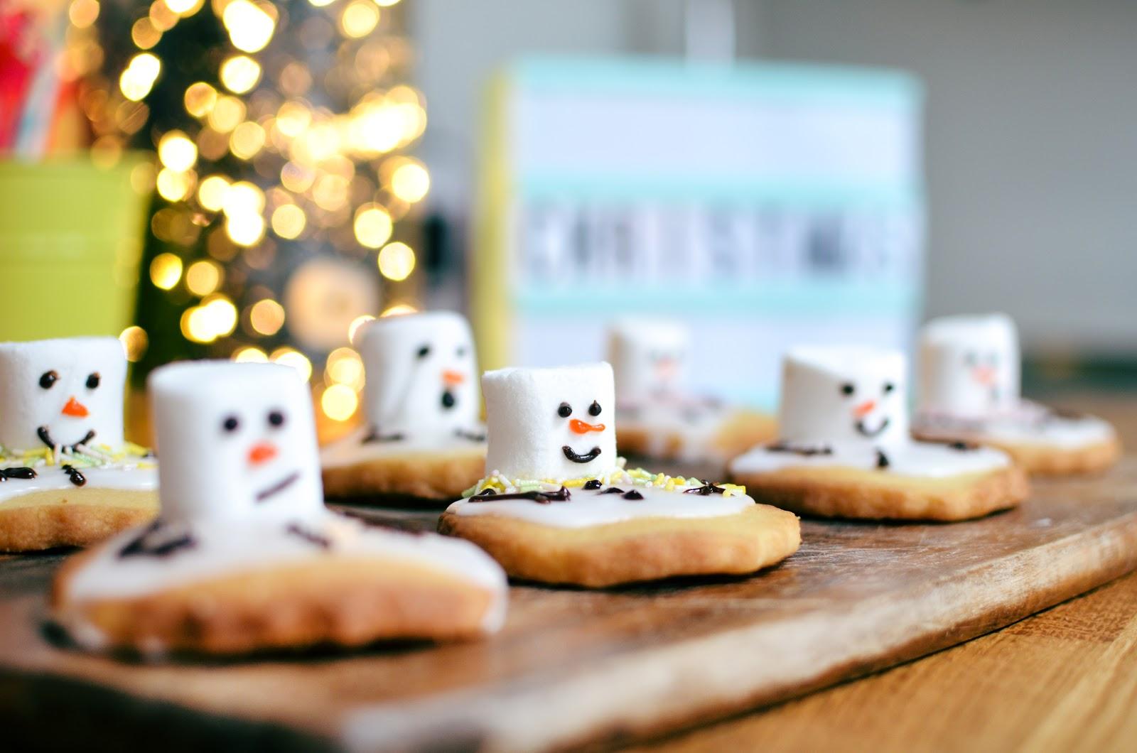 Christmas Baking Tanya Burr S Snowmen Biscuits Amelia Gilmore