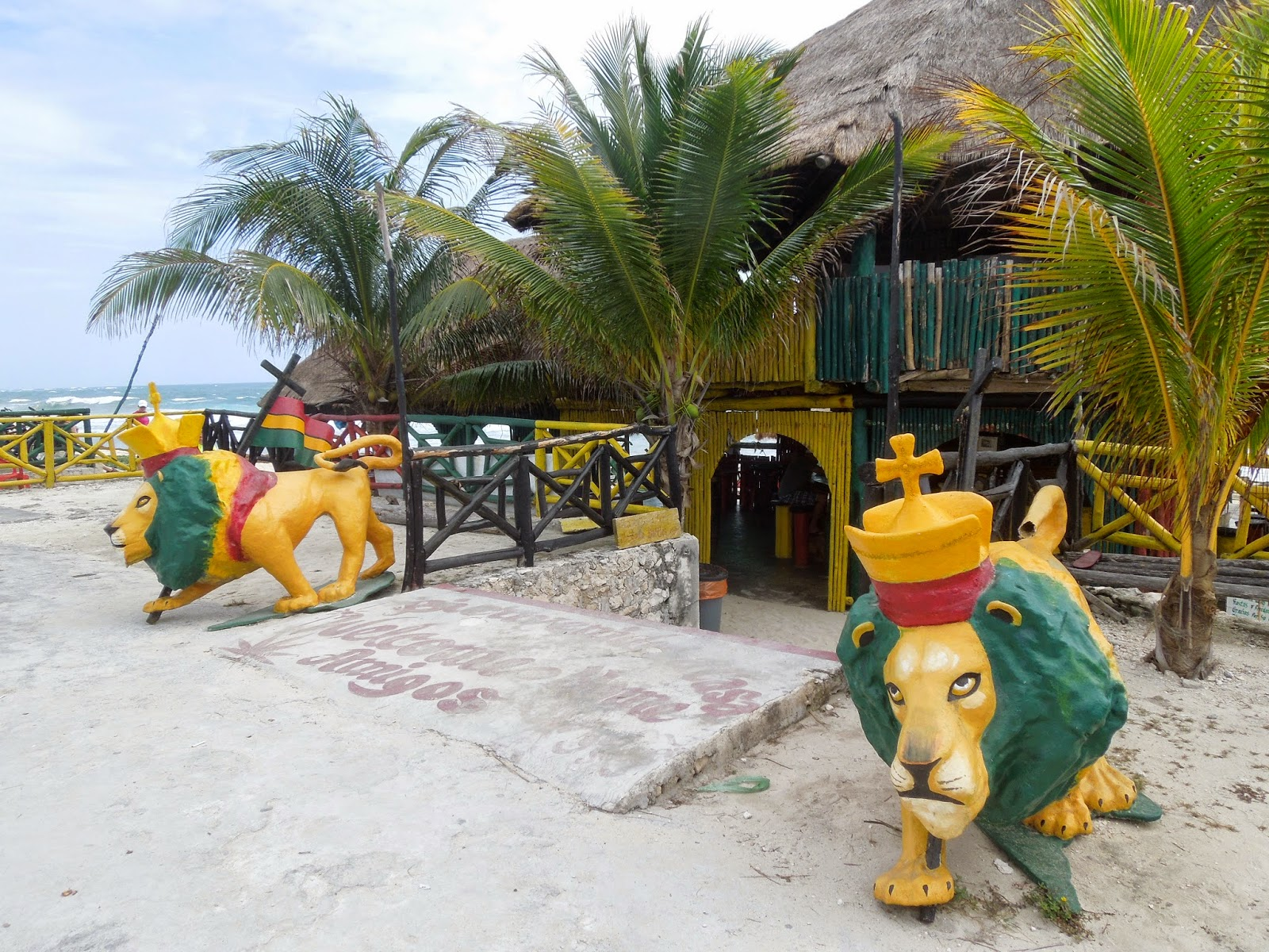 Rasta's Beach Bar