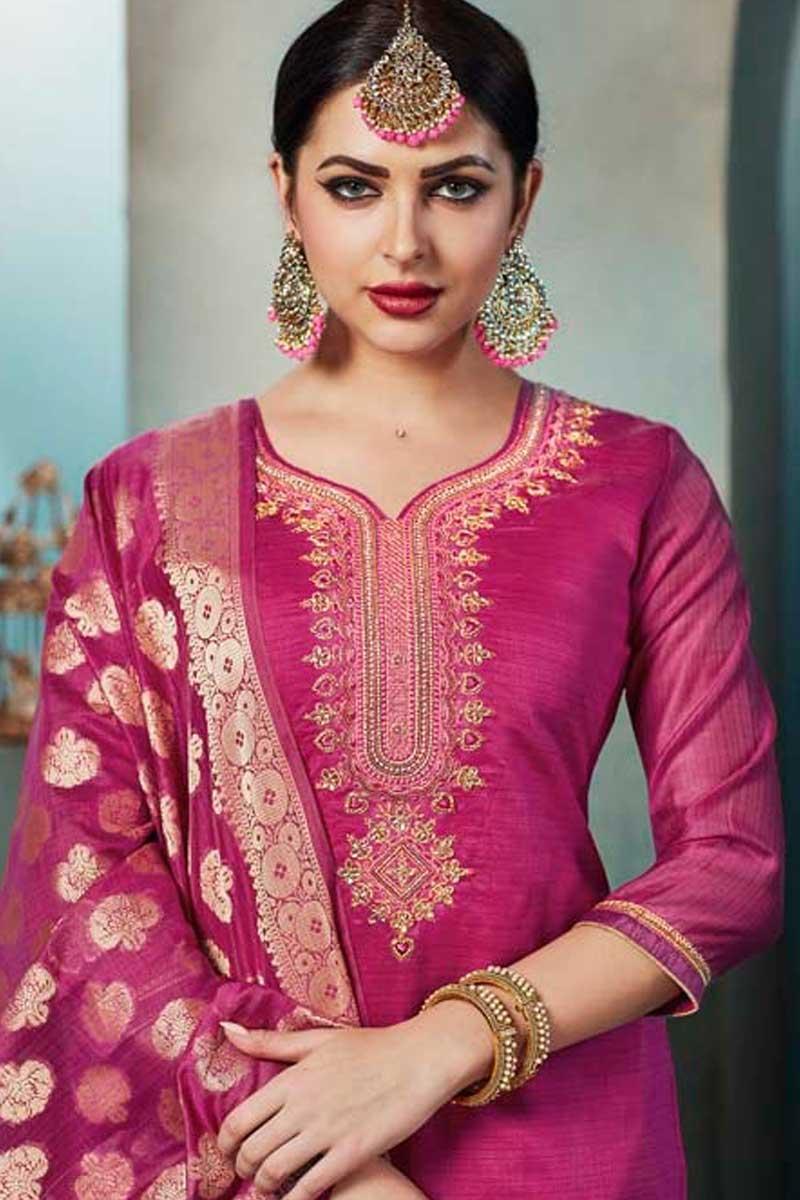 f6dc197044 6230 Fancy Festival Wear Chanderi Embroidered Salwar Kameez
