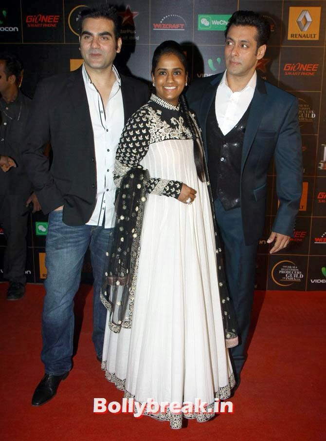 Arbaaz, Arpita and Salman Khan, Star Guild Awards 2014 Pictures