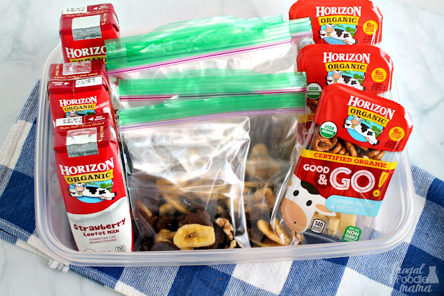 I like to keep a snack tray in the fridge stocked with our favorite Horizon Organic single serving milks, pre-filled baggies of Chunky Monkey Snack Mix, & Horizon Organic Good & Go! snack combos for easy after school snacks & to make lunch prep a little quicker.