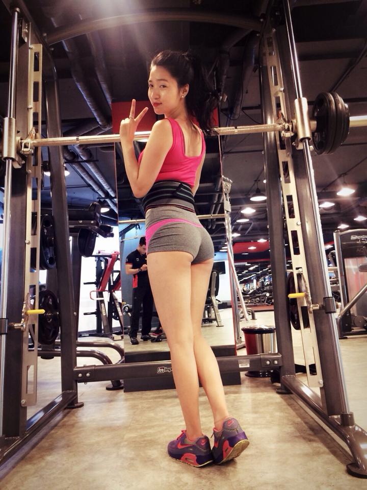 Hot girl phòng Gym Trang Miu mỹ nhân khoe body