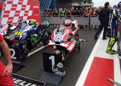 Dovi Raih Pole MotoGP Belanda, Rossi Kedua, Lorenzo Start Ke-11