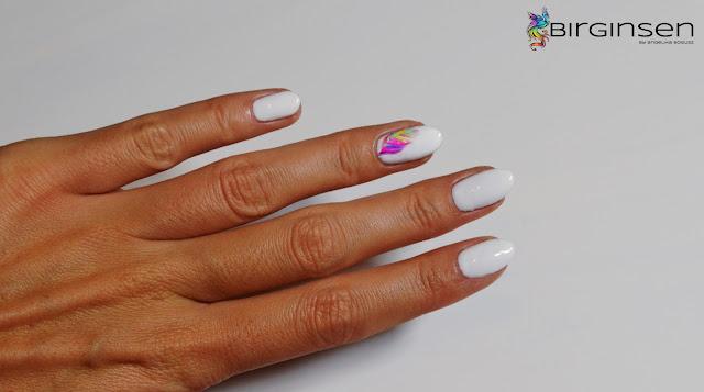 naklejki wodne na paznokcie piórka