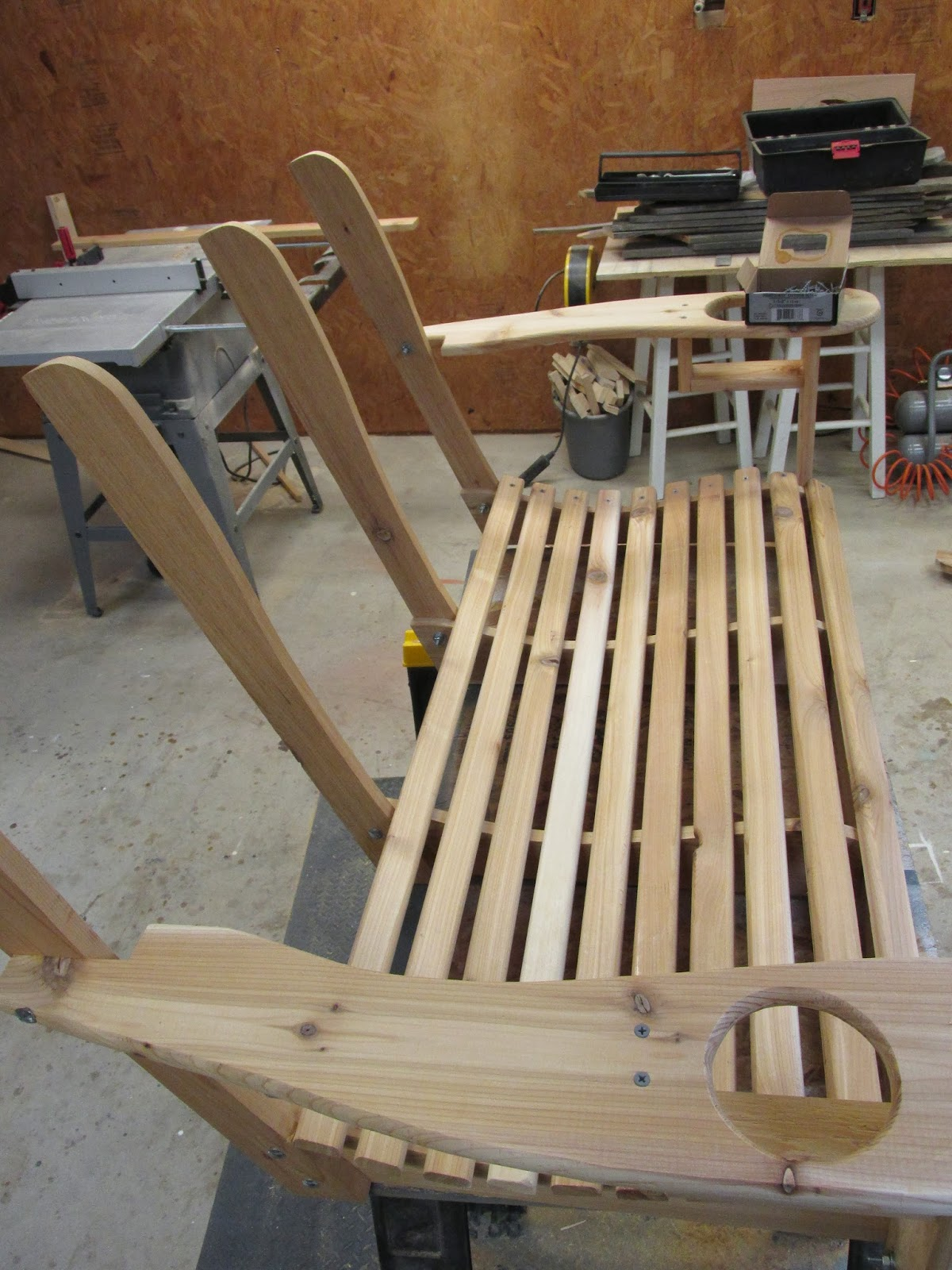 Wilker Do's: DIY Porch Swing