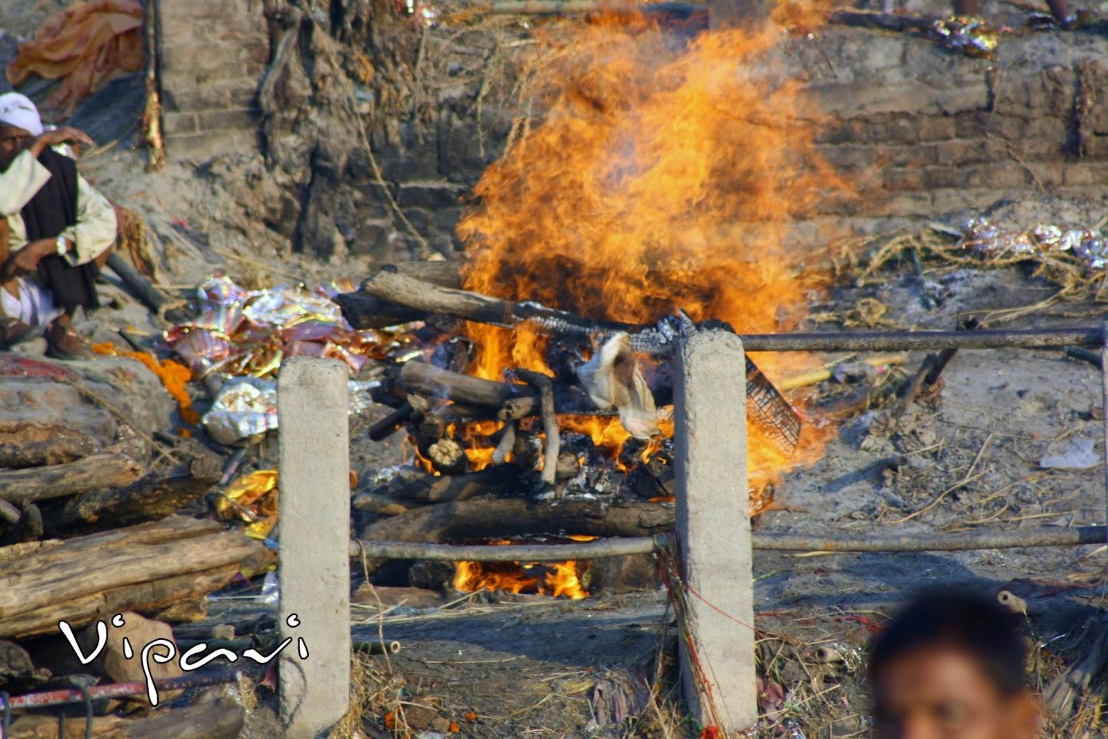 ritos funerarios hindúes 04