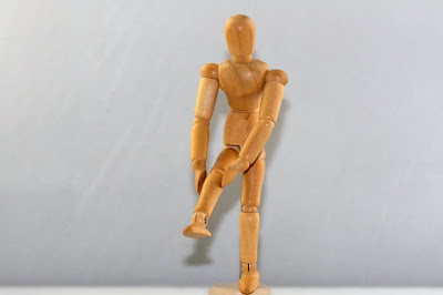 corredor amador com dor e lesão no joelho