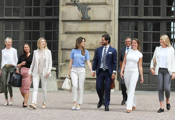 Princess Sofia wore a blue top and white cotton trousers by Hugo Boss