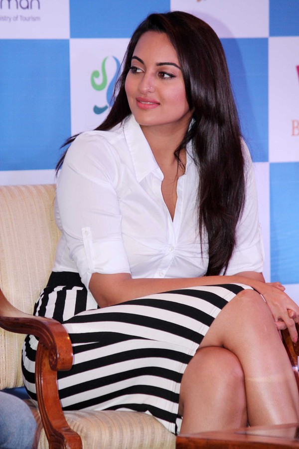 Tamil Actress Sonakshi Sinha New Photo Shoot In White Dress