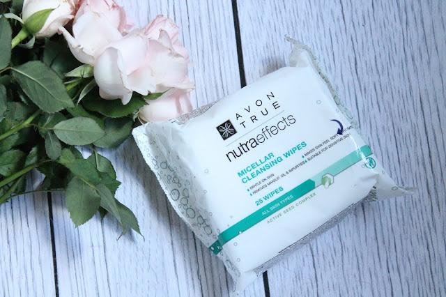 Avon True Nutraeffects chusteczki nawilżone płynem micelarnym
