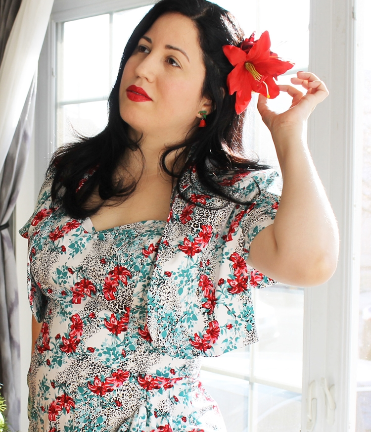 A Vintage Nerd Vintage Blogger Retro Christmas Dress Vivien of Holloway