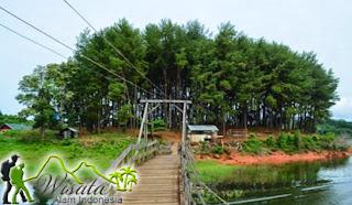 Wisata Pulau Pinus Riam Kanan Banjarbaru Kalsel Cirebon Radio