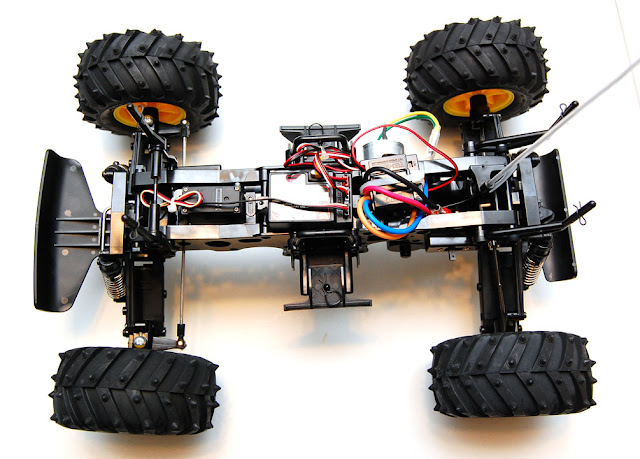 Tamiya Blackfoot build pictures