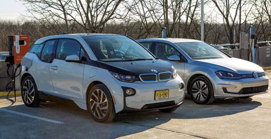 Bmw Announced They Have Partnered With Volkswagen And Chargepoint To Begin What Will Be The Largest Roll Out Of Ccs Fast Charge Stations In Us