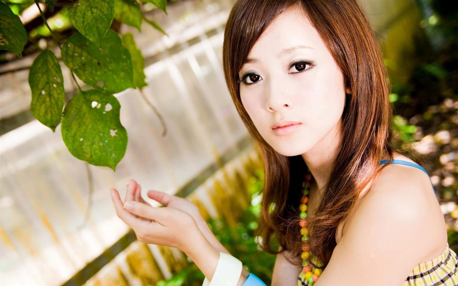 Beautiful Cute Asian Girls Desktop Wallpapers - 1680 X 1050  Ministry Of Wallpapers-9896