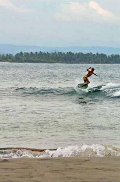 Wisata Bahari Pantai Batu Karas Ciamis - Jawa Barat