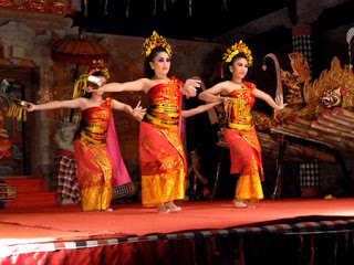 All about Bali Panyembrama Dance