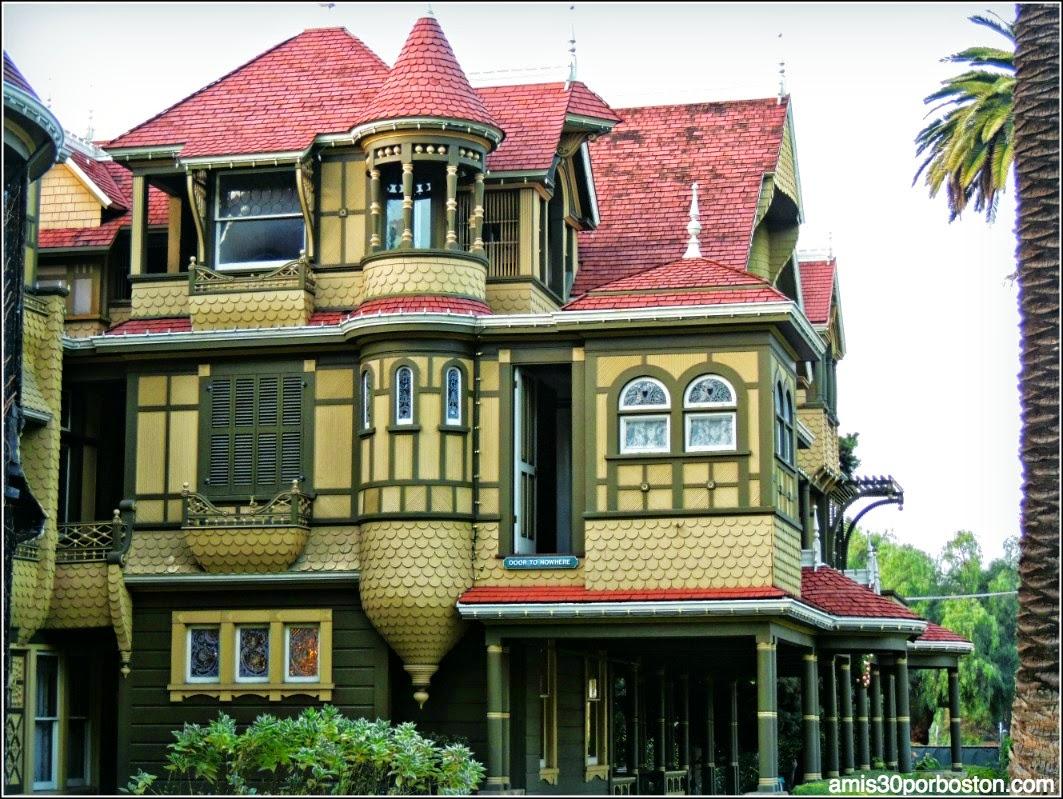 Destinos Más Terroríficos Para Pasar Una Noche De Miedo: Winchester Mystery House