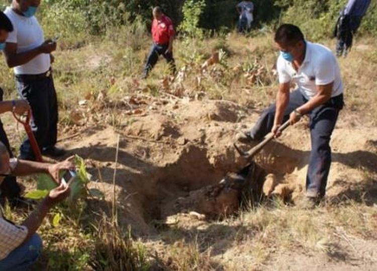 Suman 68 fragmentos óseos en fosas de Reynosa