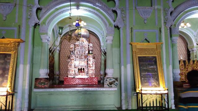 imambara inside