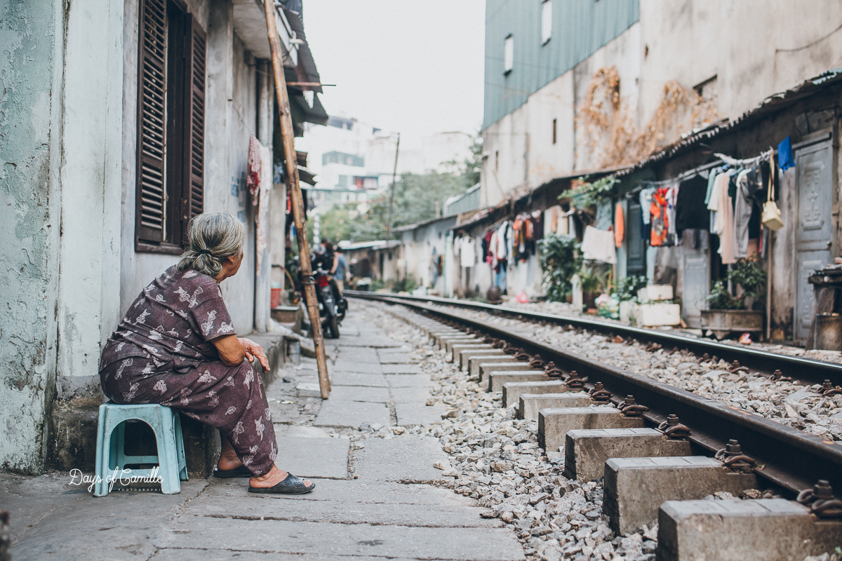 Le train qui rase les maisons d'Hanoï - Vietnam #4