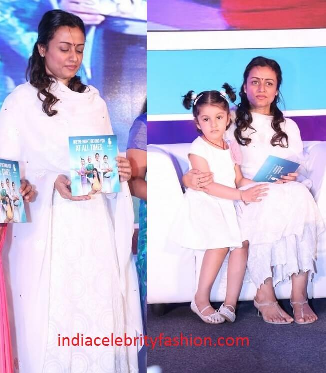 Namrata Shirodkar and her Daughter in White Outfits