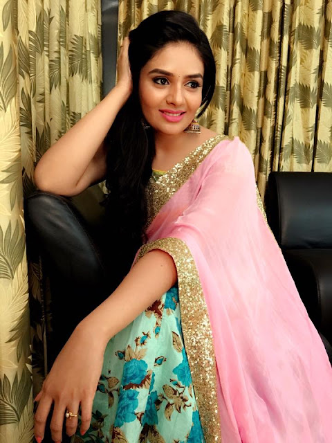 Sreemukhi Latest half saree Stills