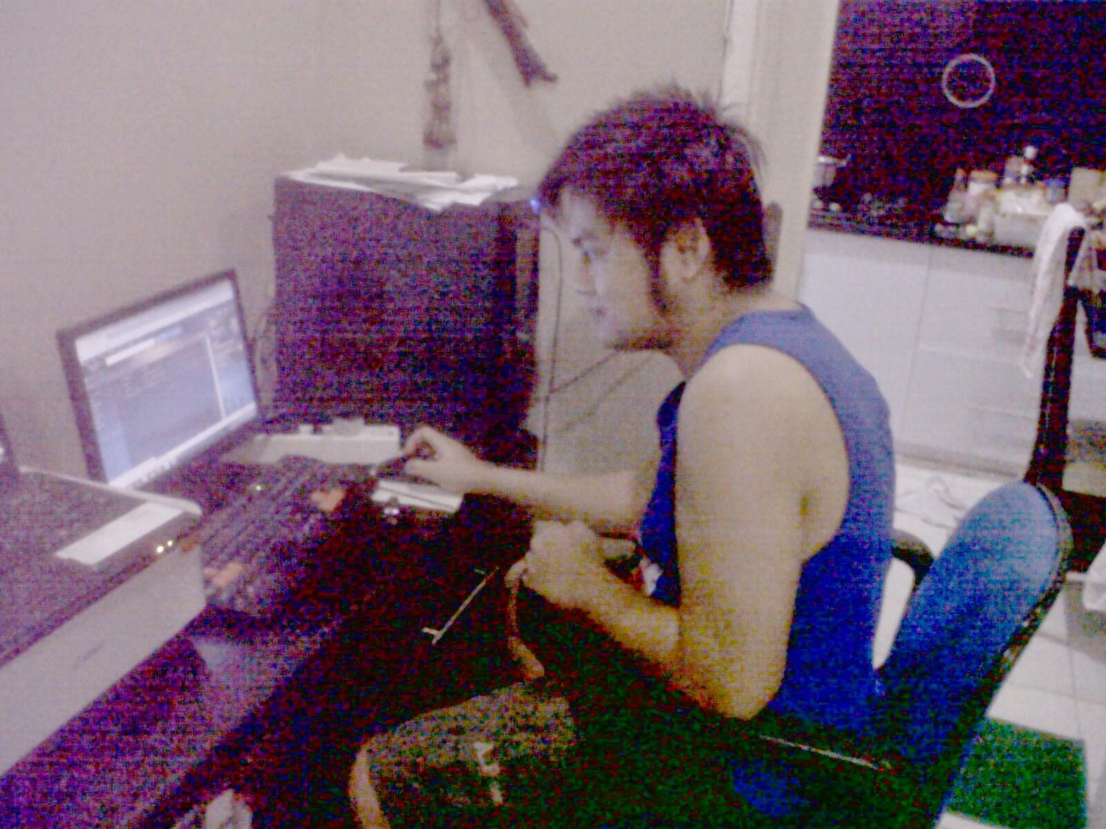 http://training-tik.blogspot.com/2014/07/private-microsoft-office-dan-internet.html?utm_source=BP_recent