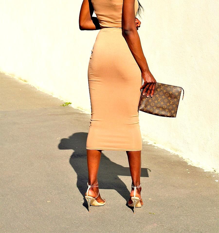 Kim-Kardashian-inspired-outfit