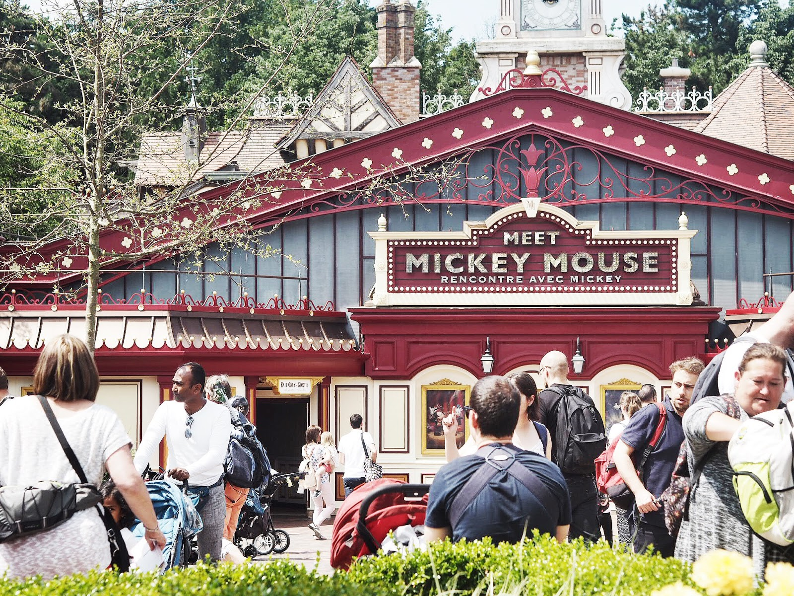 Disneyland Paris | Meet Mickey Mouse