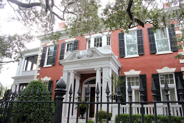 Gorgeous home used for filming the movie The Legend of Bagger Vance {Savannah, GA}