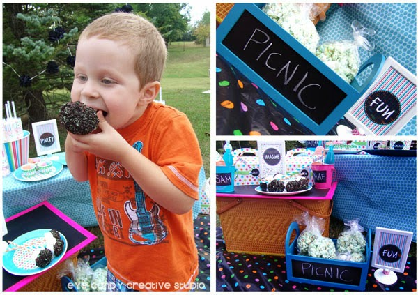 marshmallow pops, Oreo, food ideas for outdoor art party, picnic food