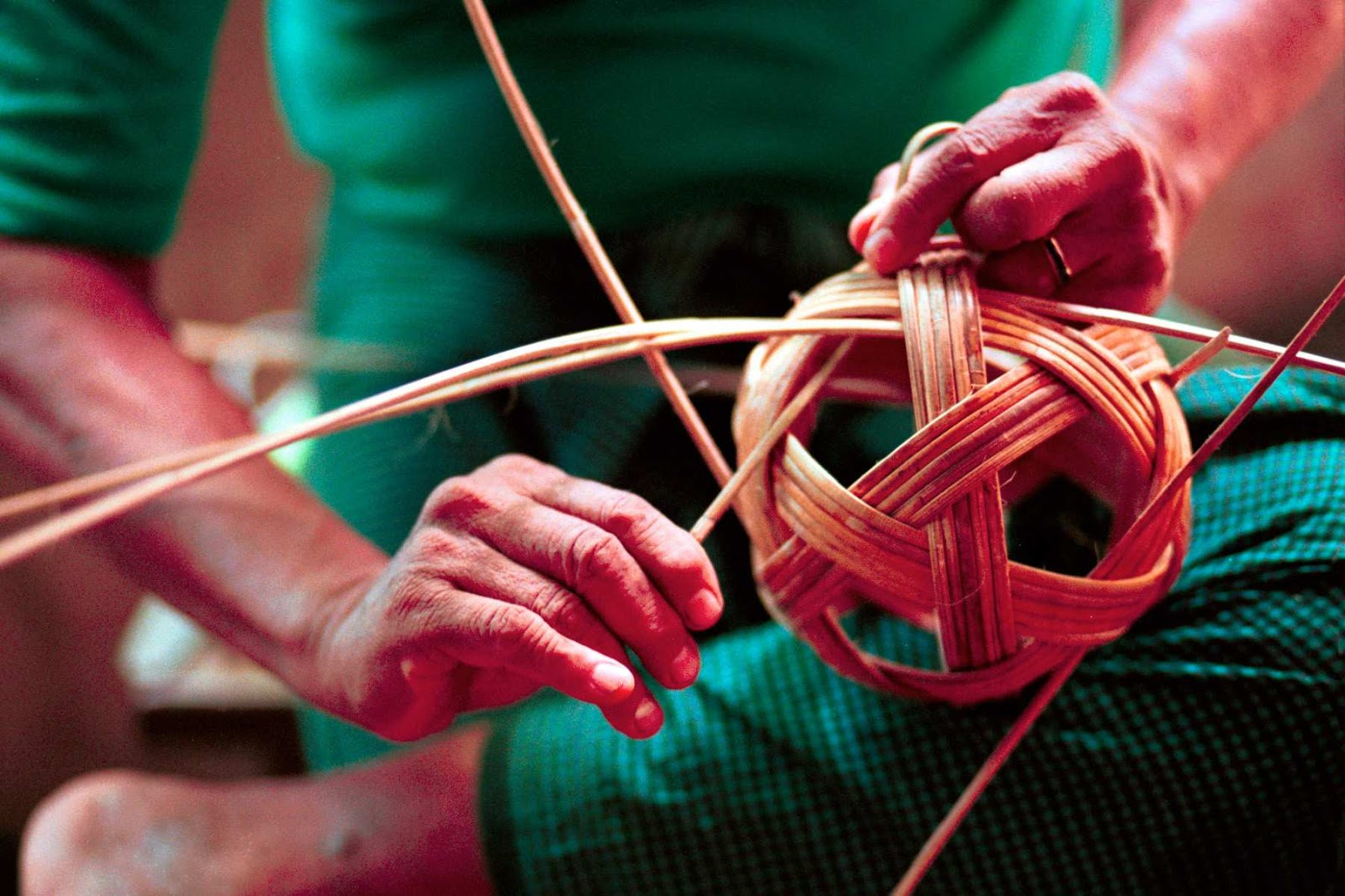 The Myanmar Traditional Chinlone (Cane Ball) © Travel Myanmar