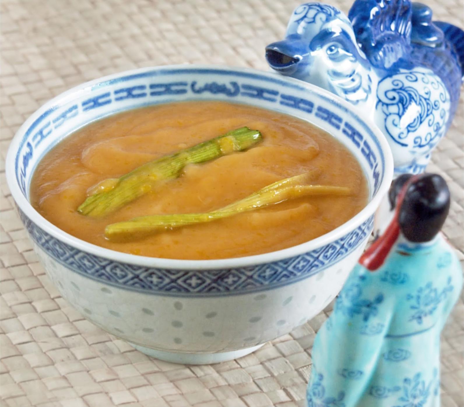 bowl of freshly made kaya