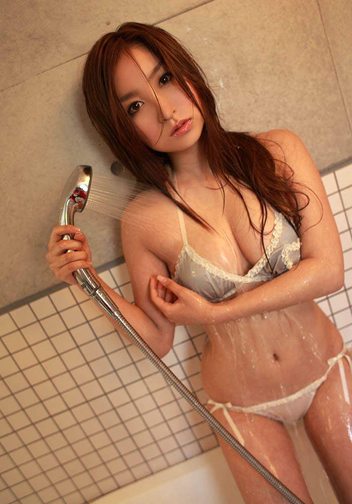 aya kiguchi hot bra and panty photos 01