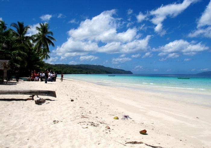 Pantai Nirwana, Padang