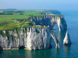 Green Pear Diaries, viajes, turismo, destinos turísticos, naturaleza, Acantilados de Étretat, Francia