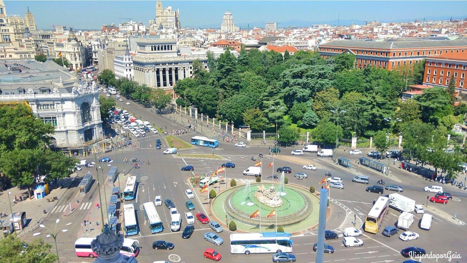 Panorámicas de Madrid desde las alturas: vista desde el Teleférico y desde el mirador del Palacio de Comunicaciones hacia la Fuente de Cibeles