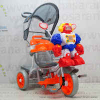 Family F845FT Robot Double Music Baby Tricycle
