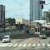 Carreta quebrada na rua Gustavo Cordeiro sentido Prudente de Morais