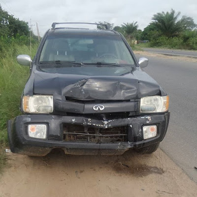 Toyin Aimakhu's husband survives ghastly car accident (Photo)