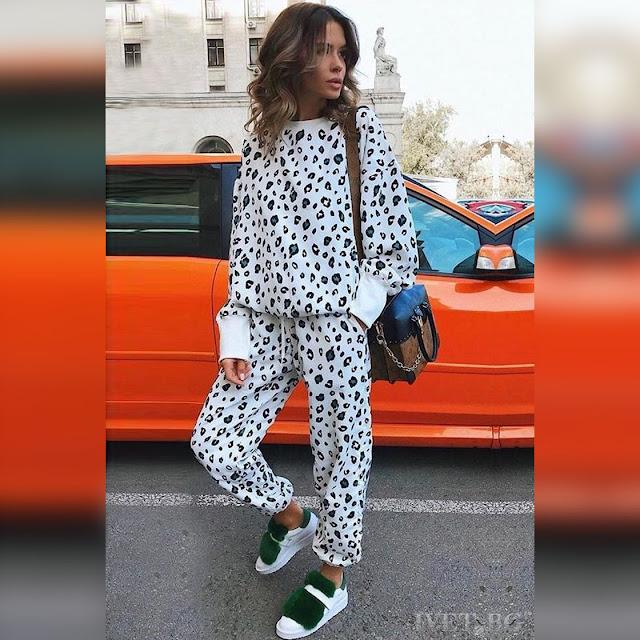 Γυναικείο αθλητικό σύνολο LOVIA - Μπλούζα και παντελόνι
