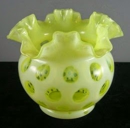 Fenton Coin Dot Honeysuckle