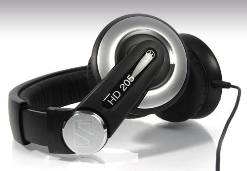 TL DR Tips  Sennheiser HD 205 II Headphones Review 4f3bf8dbe95fd