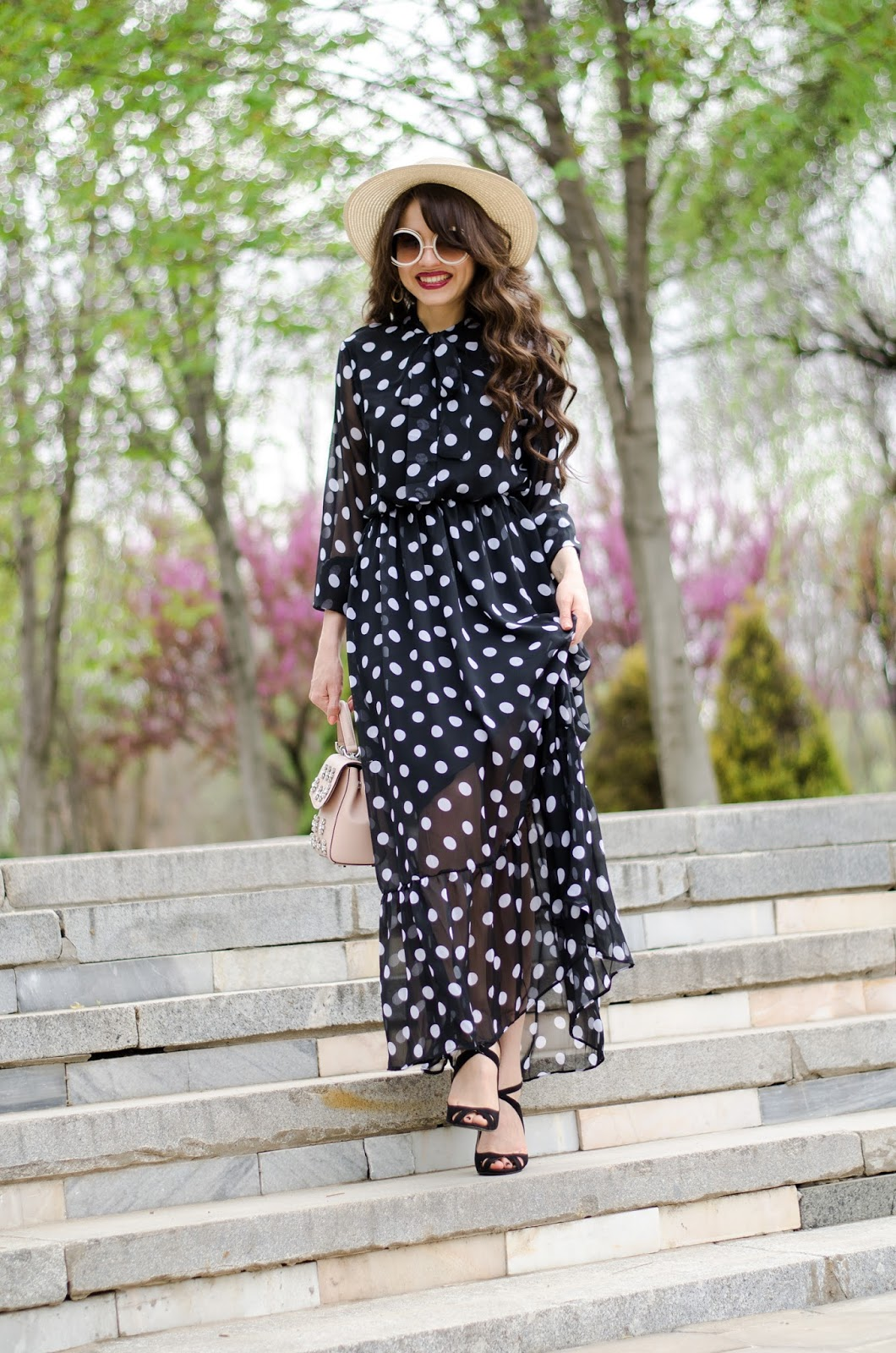 fashion blogger diyorasnotes diyora beta polka dot dress maxi straw hat heels koto romantic look outfit