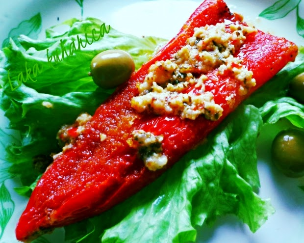 Red horn peppers stuffed with cheese by Laka kuharica: delicious starter or a side dish.