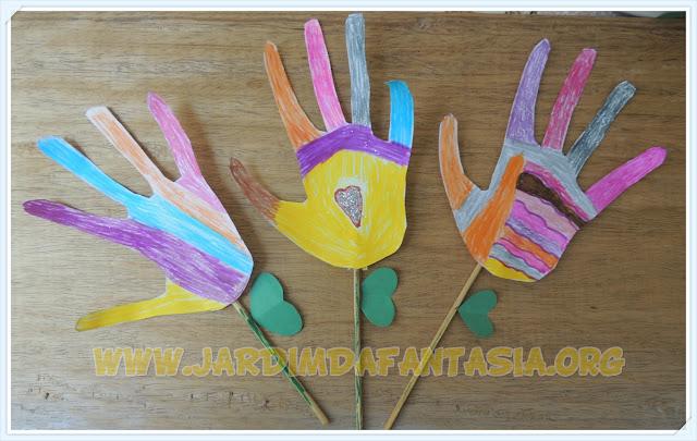 Atividade Artes Flores de Recorte de Mãos