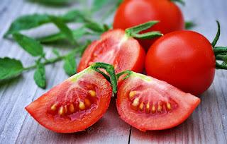 http://tomatprat.blogspot.no/2016/06/maskotka-en-tidlig-og-god-salat-tomat.html